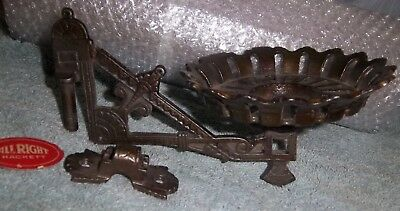 Rare Antique Stover Ideal Cast Iron Wall -Oil Lamp Bracket  Small Size NOS USA