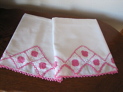 Vintage Pair Of Pillowcases All White & Fancy Pink & White Crocheted Trim Wow