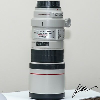 Canon EF 300mm f/4 L IS USM Lens  FREE SHIPPING