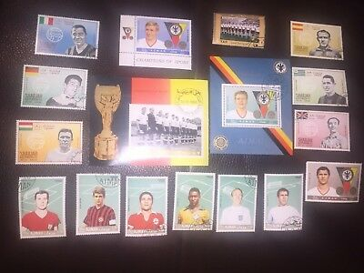 kleines lot (17) fussball briefmarken deutsche + internationale stars