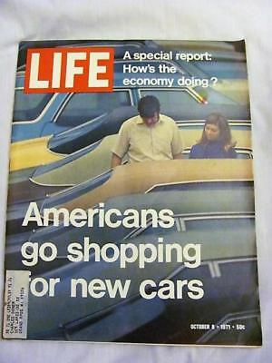 Vintage LIFE Magazine NEW CARS ~ OCTOBER 8 1971 ~ FREE SHIPPING
