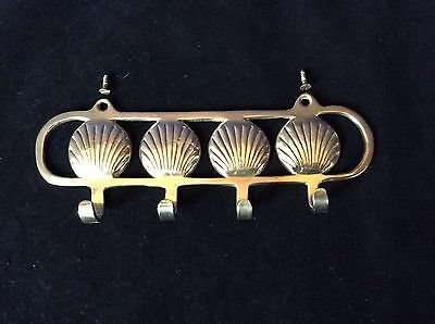 4 Brass Shell Shaped Hooks On Brass Wall Hanging Key Bar With 2 Screws Vtg
