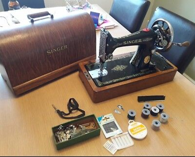 SINGER SEWING MACHINE 99k.SINGER HAND CRANK VINTAGE 99k SEWING MACHINE
