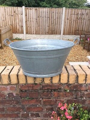 Large Heavy Gauge Vintage Galvanised Tin Bath Drinks Cooler Planter A1822