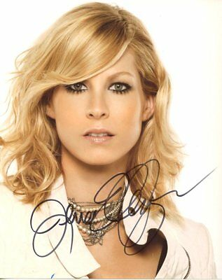 Jenna Elfman CLOSE-UP In Person Signed Photo  UACC