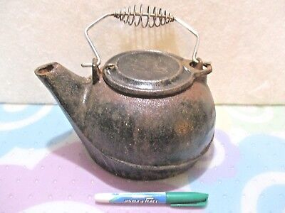 Vintage/antique Cast Iron Tea Kettle - Heavy/thick