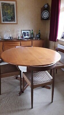 Danish Teak 70s Vintage Extending Dining table and 6 matching chairs