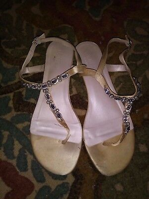 David's Bridal Pearl & Crystal Encrusted T-Strap Sandal Size 8W, worn only once!