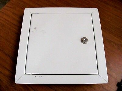 "Nystrom NTL1010 - 10 x 10 x 1-1/2"" Keyed Access Panel / Gray"