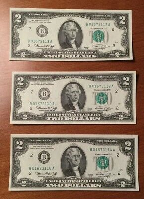 Lot of 3 - Series 1976 TWO DOLLAR FEDERAL RESERVE NOTES 2.00 BILLS