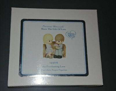 NEW Precious Moments An Everlasting Love 143016 Figurine Gift of Love 2014