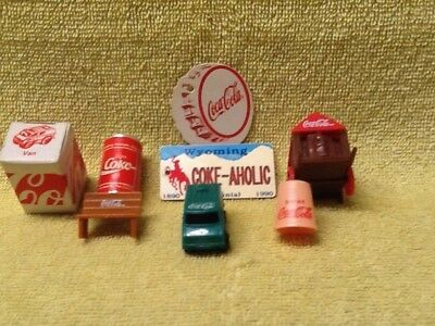 Lot of small Coca Cola collectibles,some vintage.