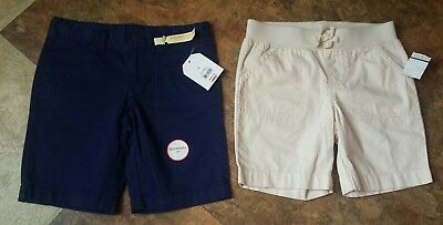 NWT Girls size 6 Bermuda shorts Khaki and Navy blue