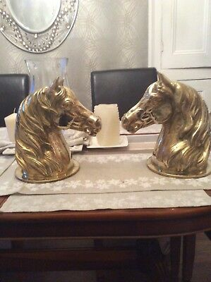 Heavy British Antique Pair Horse Head Figures Superb Quality Gate Post Finnials
