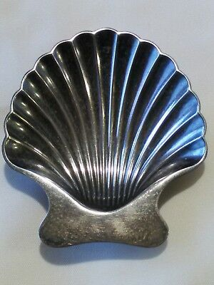 TIFFANY & CO. Makers Sterling Silver Clam Shell Footed Dish