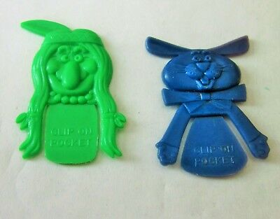 Cracker Jack plastic pocket peepers, rabbit and brave.