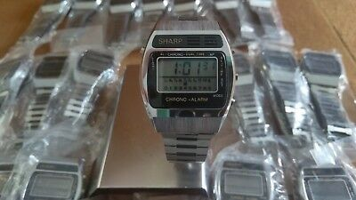 VINTAGE 1980s NOS SHARP LCD QUARTZ CHRONO ALARM WRISTWATCH LOT OF 25.