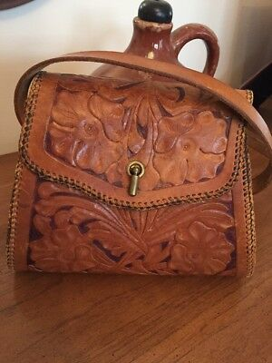 Vintage Hand tooled Handcrafted Brown  Leather Western Purse !!!!