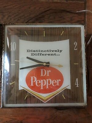 Vintage Dr Pepper soda Advertising electric Wall Clock PAM CLOCK