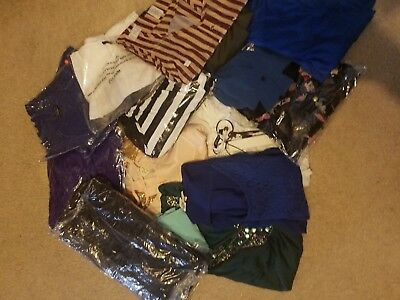 Wholesale Fashion Apparel-5 Dresses/14 Blouses-Size Small Lot-*free Shipping*