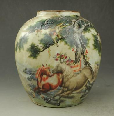 Chinese old Hand painted horse  famille rose porcelain  pot