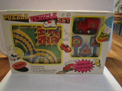 Vintage Rare Wind Up Puzzle Vehicle Set Train Track Signs Box Used Very Good