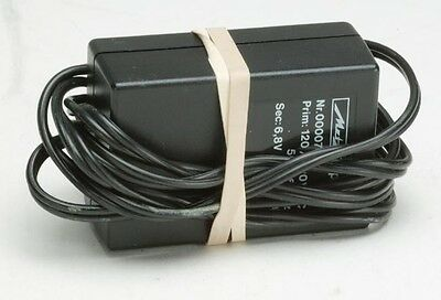 Metz Charger Type 708 6,8V 400ma With American Fork.