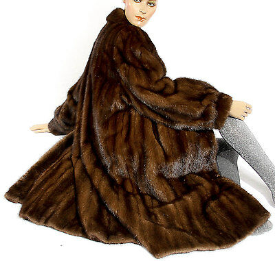 L Nerzmantel Braun Mink fur coat brown Nerz Pelzmantel Visone Soft Pelz Fell