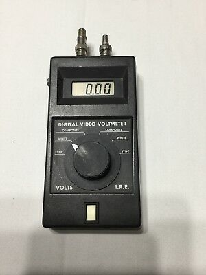FM Systems Digital Video Voltmeter Video Signal Meter Tester Sync white composit