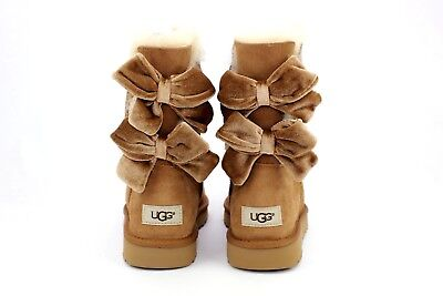 83724ab1bed UGG BAILEY BOW Ii Velvet Ribbon Boot Chestnut Size 9 Us Very Rare Exclusive
