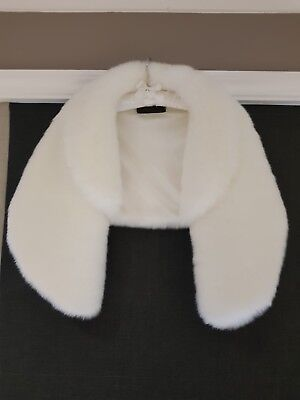 Faux fur shrug, one size, New, ivory, with collarq
