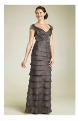 ADRIANNA PAPELL shutter pleat formal gown, Sz 6 Taupe/gray Wedding