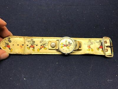 Vintage Mickey Mouse Ingersoll Leather Band Watch Walt Disney ...look