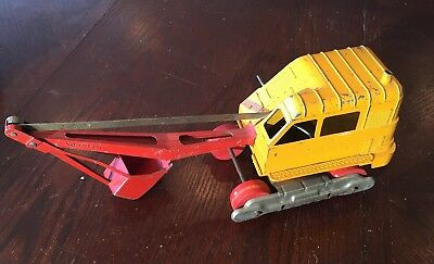 Vintage Hubley Steel Steam Shovel ~ Yellow & Red ~ Wood Wheels ~ Toy Collectible