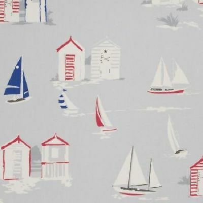 Studio G - Beach Huts - Grey - Large Fabric Remnant - 18cm Long x 132cm Wide