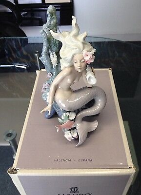 Lladro Ocean Beauty #5785 With Original Box Mint Condition.