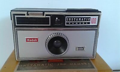 Kodak Instamatic 100 Camera with Box