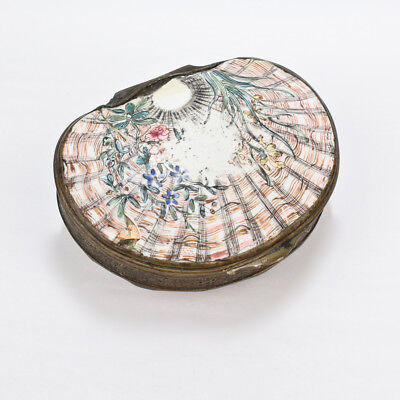 Antique 18C Chinese Cantonese Enamel Shell Form Snuff Box - Qianlong Period VR