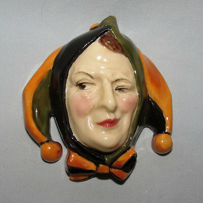 very scarce Royal Doulton MINI wall mask HN1611 JESTER CROOKED SMILE c.1934-40