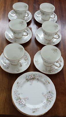 Vintage Duchess Lansbury Cup, Saucer and Plate Set