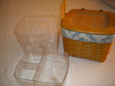 Longaberger 2001 picnic/sewing basket with cloth liner and 2 plastic liners