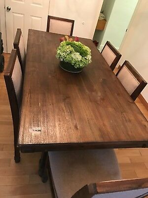 Beautiful 6 CHAIRS TABLE & A LEAF, WOOD DINING ROOM SET ,for PICK UP