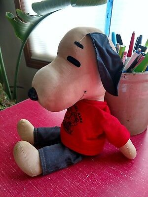 Vintage Stuffed Snoopy Peanuts Gang Doll Good Condition crc 1968 Cotton Material
