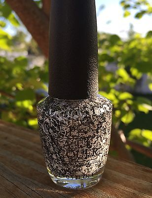 """OPI """"I'll Tinsel You In"""" From Gwen Stefani's Holiday 2014 Collection"""