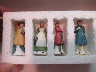 """Dept 56 Christmas in the City """"City People""""  #56 59676"""
