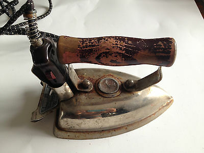 Vintage,  The Superior Iron, Made by Superior Electrics Ltd. Pembroke Ontario