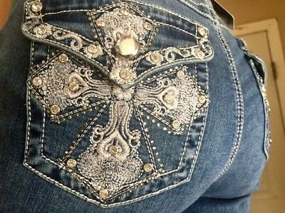 EARL JEANS CAPRI  Embroidered Bling Pockets Size 14 NEW