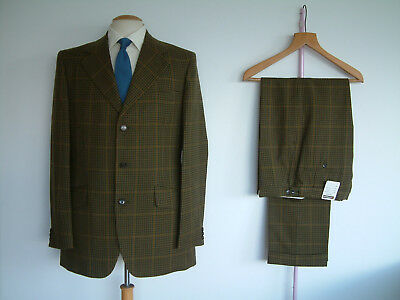 """1960's TOWN & COUNTRY SUIT BY MAENSON..40"""" x 34""""..TALL..NEW OLD STOCK..TWEED RUN"""