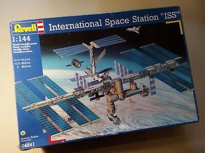 Revell 04841 International Space Station ISS Raumstation 1:144 OVP