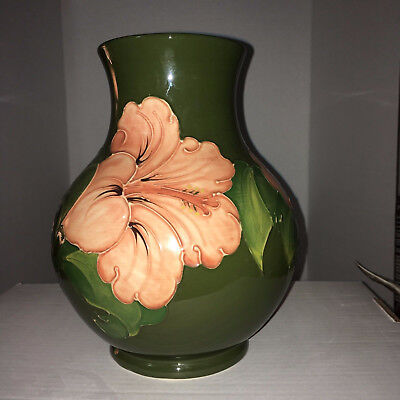 Moorcroft, Very large bubble vase, A amazing floral design, Made in England